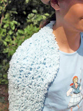 Load image into Gallery viewer, Bolero knitted for girls pale blue and rose