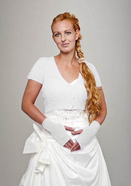 Bridal jacket knitted with matching cuffs for your wedding soft