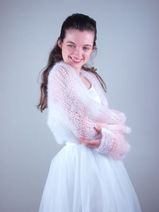 Wedding knit wear: Bolero in white