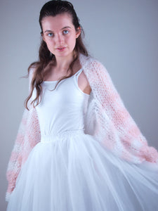 Knit wedding couture from Beemohr