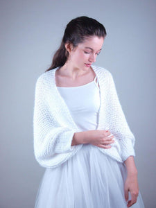 Handknitted bridal jacket for your wedding