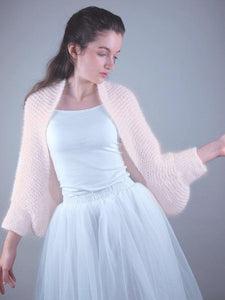 bolero knitted in powder and ivory