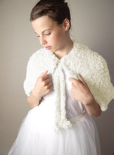 Load image into Gallery viewer, Shoulder warmer in fur look for winter and autumn brides in USA ivory and pale blue