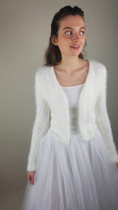 warm and cosy knit cardigan off white