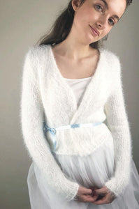 Cuddly knit cardigan white for weddings