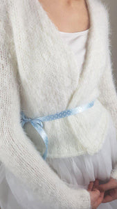 Soft and cosy knit cardigan off white and pale blue