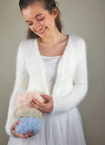 Cuddly knit jacket white for weddings