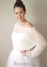 Load image into Gallery viewer, Bridal pullover in big look knit fashion beemohr sends to New york