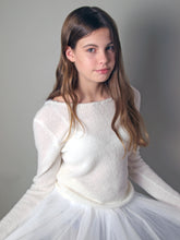 Load image into Gallery viewer, Wedding pullover knitted for your bridal skirt in ivory