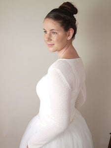 Wedding sweater in ivory for Boho and Vintage wedding
