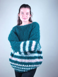 Corona ordering for christmas: knit sweater
