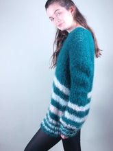 Load image into Gallery viewer, Corona shopping for christmas: knit sweater