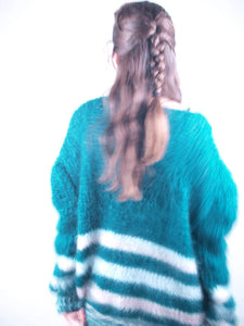 online shopping for christmas: knit sweater