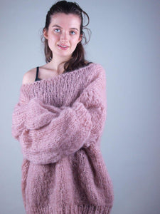 Knit chunky jumper for womans wear