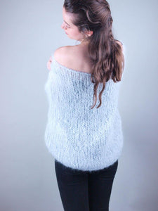 Ordering online in corona times knit mohair sweater
