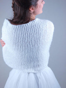 Bridal Loop knitted for your wedding gown in white