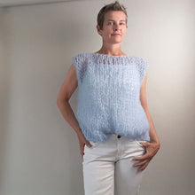 Load image into Gallery viewer, Oversize Mohair knit sweater handknitted from Beemohr
