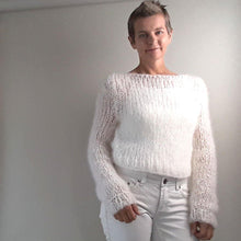 Load image into Gallery viewer, Stay at home knit pullover white