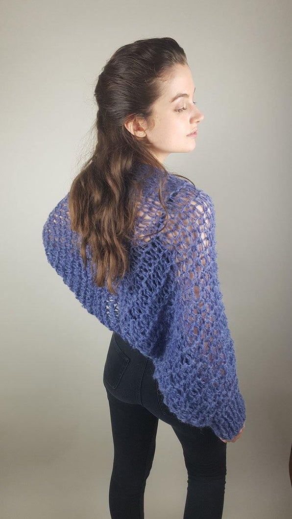 Blue knit bolero loosely knitted