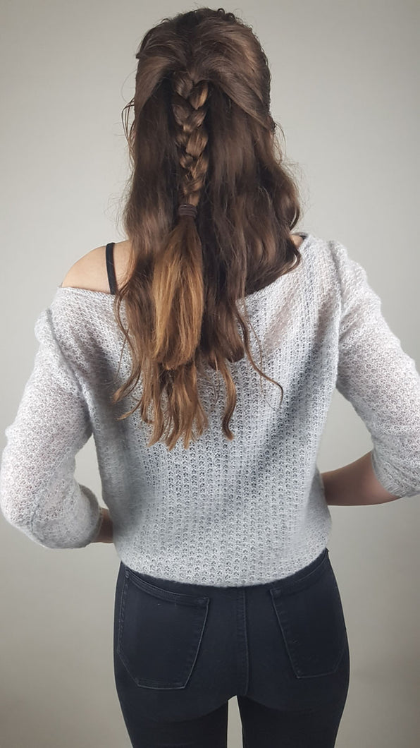 Cashmere knit sweater grey lace