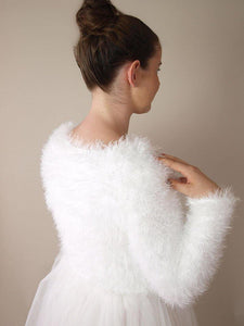 Beemohr knits for bridal fashion with fluffy cosy cardigan