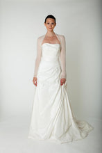 Load image into Gallery viewer, Bridal cashmere jacket knitted for your wedding ivory