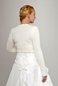 Bridal cardigan knitted with short sleeves made of angora ivory