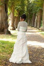 Load image into Gallery viewer, Wedding Knit jacket for brides made of cashmere ivory and white