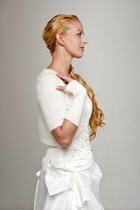 Bridal cardigan knitted with short sleeves made of angora in white and ivory