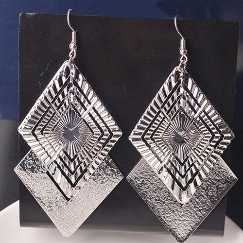 Metal Long Dangle Earrings - In Gold & Silver - [neshe.in]