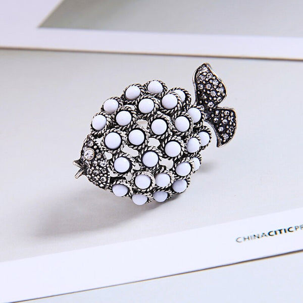 Pearl Antique Silver Fish  Brooch - [neshe.in]