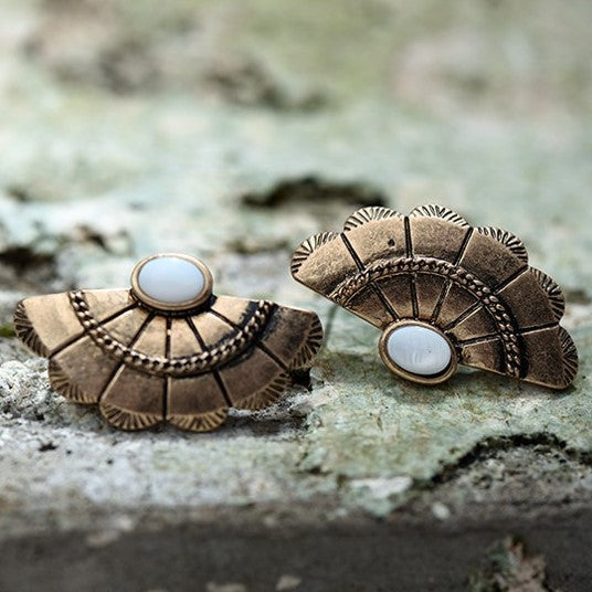 Antique Fan Shape Fusion Style Earring
