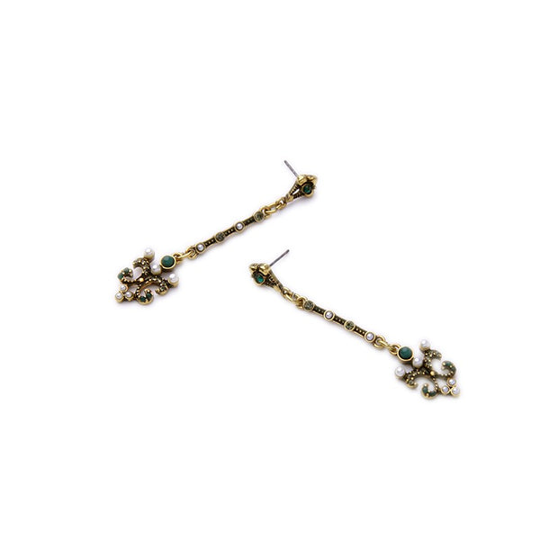Stimulated Pearl Drop and Dangle Vintage Earring