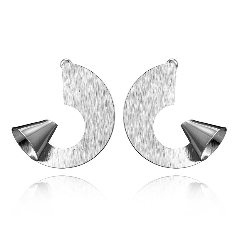 Unique Trendy Horn Shape Metal Statement Earrings - 2 Colors - [neshe.in]