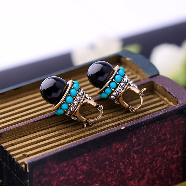 Round Black Palace Crystal Stud Earrings - [neshe.in]