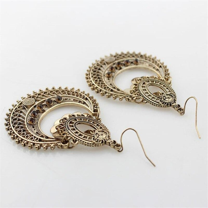 Vintage Hollowed Metal Classical Fashion Earring - [neshe.in]