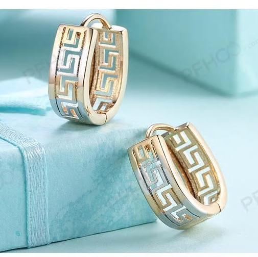 Geometric Hollow  Buckle up Stylish Hoop - [neshe.in]