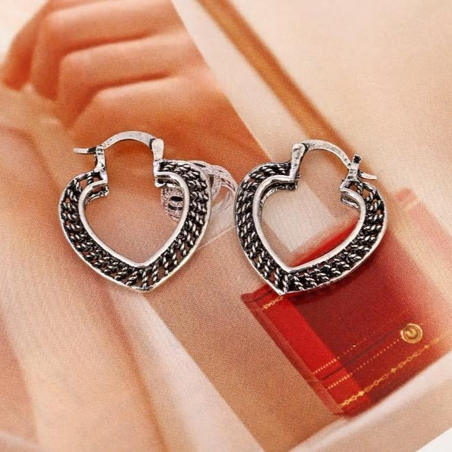 Silver Antique Retro Heart Shaped Silver Earrings - [neshe.in]