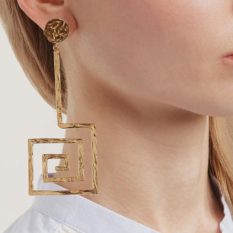Golden Asymmetric Square And Circle Long Dangle Earrings - [neshe.in]