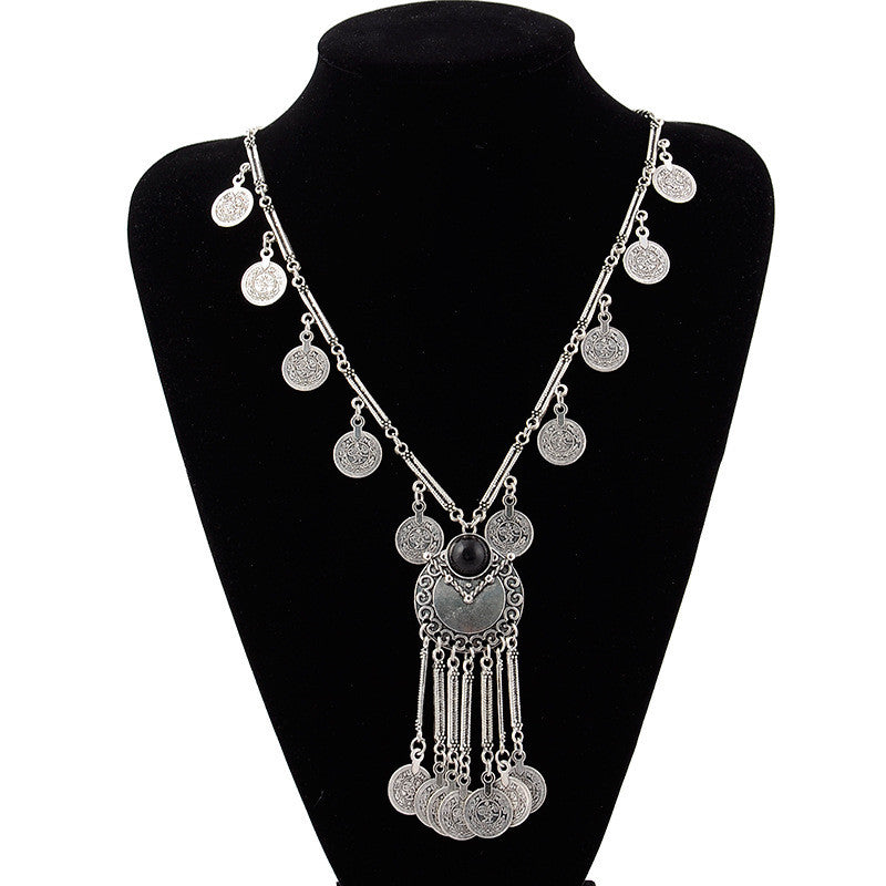 Vintage Carved Alloy Coin Pendant Statement Necklace - [neshe.in]