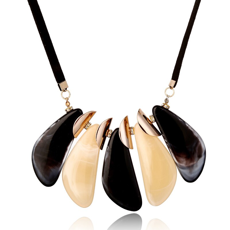 Geometric Acrylic Black and Beige Party wear Necklace - [neshe.in]