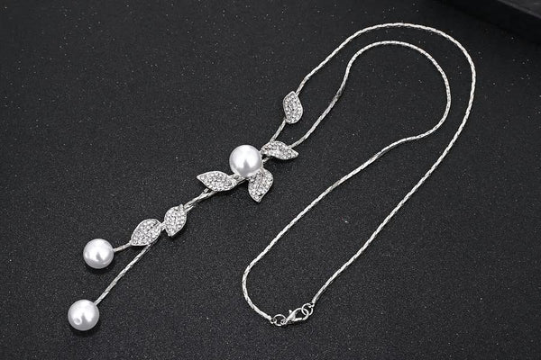 Long Silver Pearl Flower Pendant Necklace - [neshe.in]