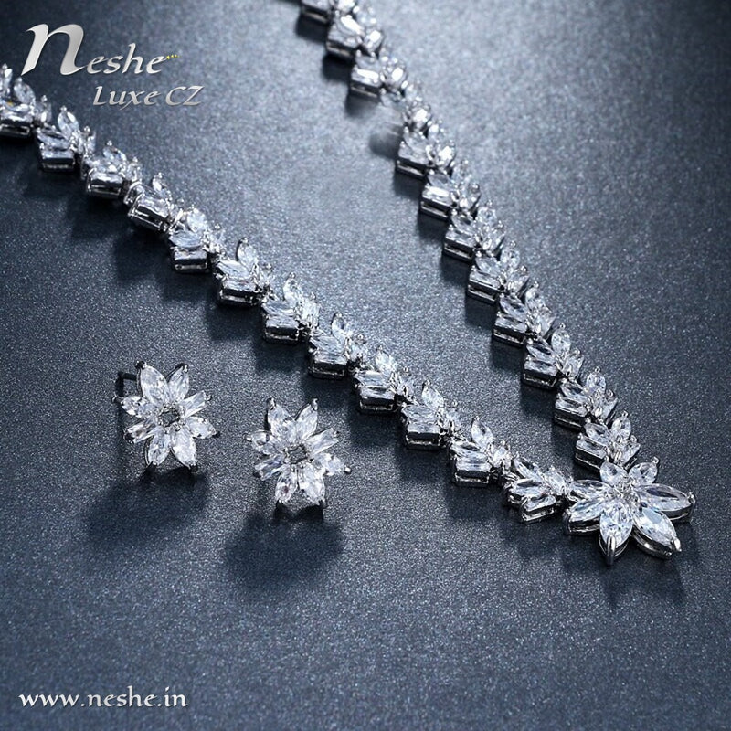Delicate CZ Flowers Link Necklace Jewelry Set