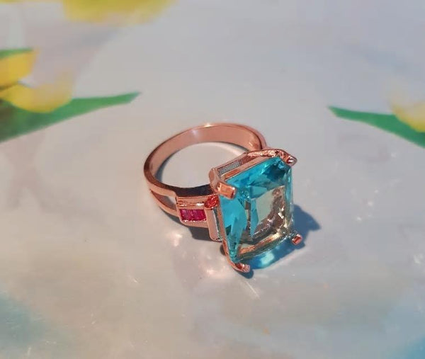 Elegant Geometric Blue CZ Crystal Golden Statement Ring - [neshe.in]