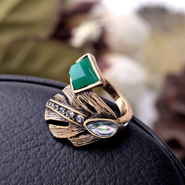 Retro Exquisite Geometric Green Stone Ring - [neshe.in]