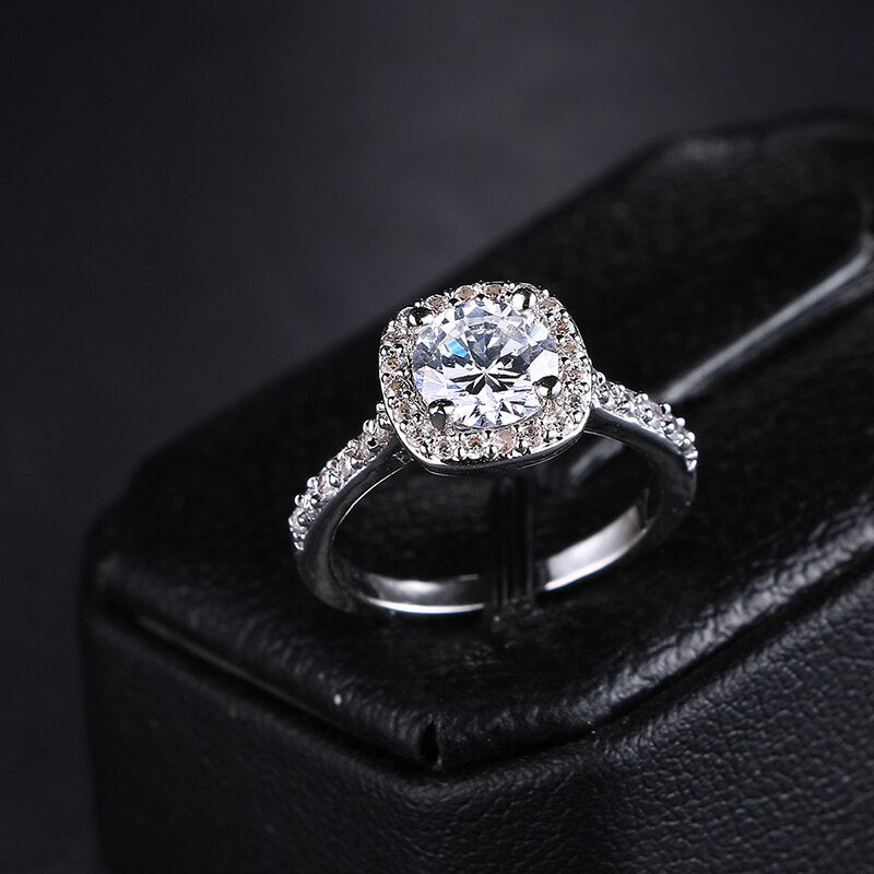 CZ Zircon Crystal Platinum plated Ring - [neshe.in]