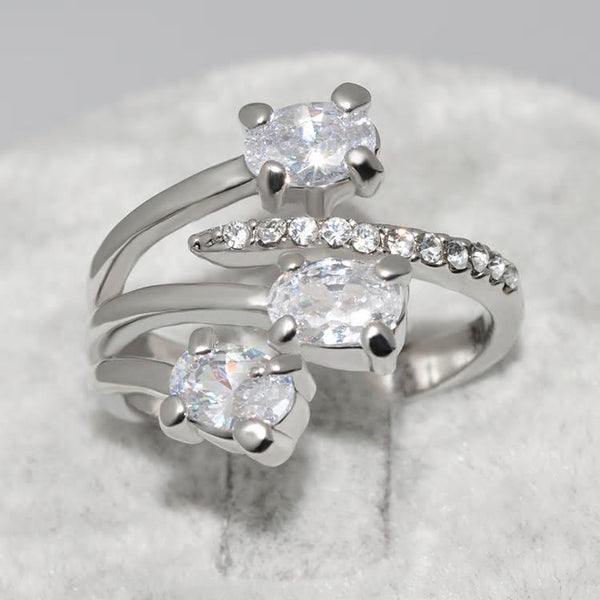 CZ Crystal Stylish Silver Ring - [neshe.in]