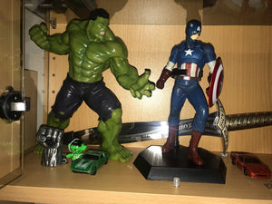 The Incredible Hulk Statue