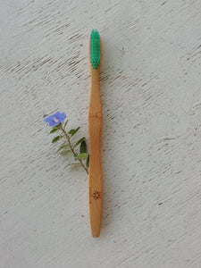 Bamboo Toothbrush: Adult