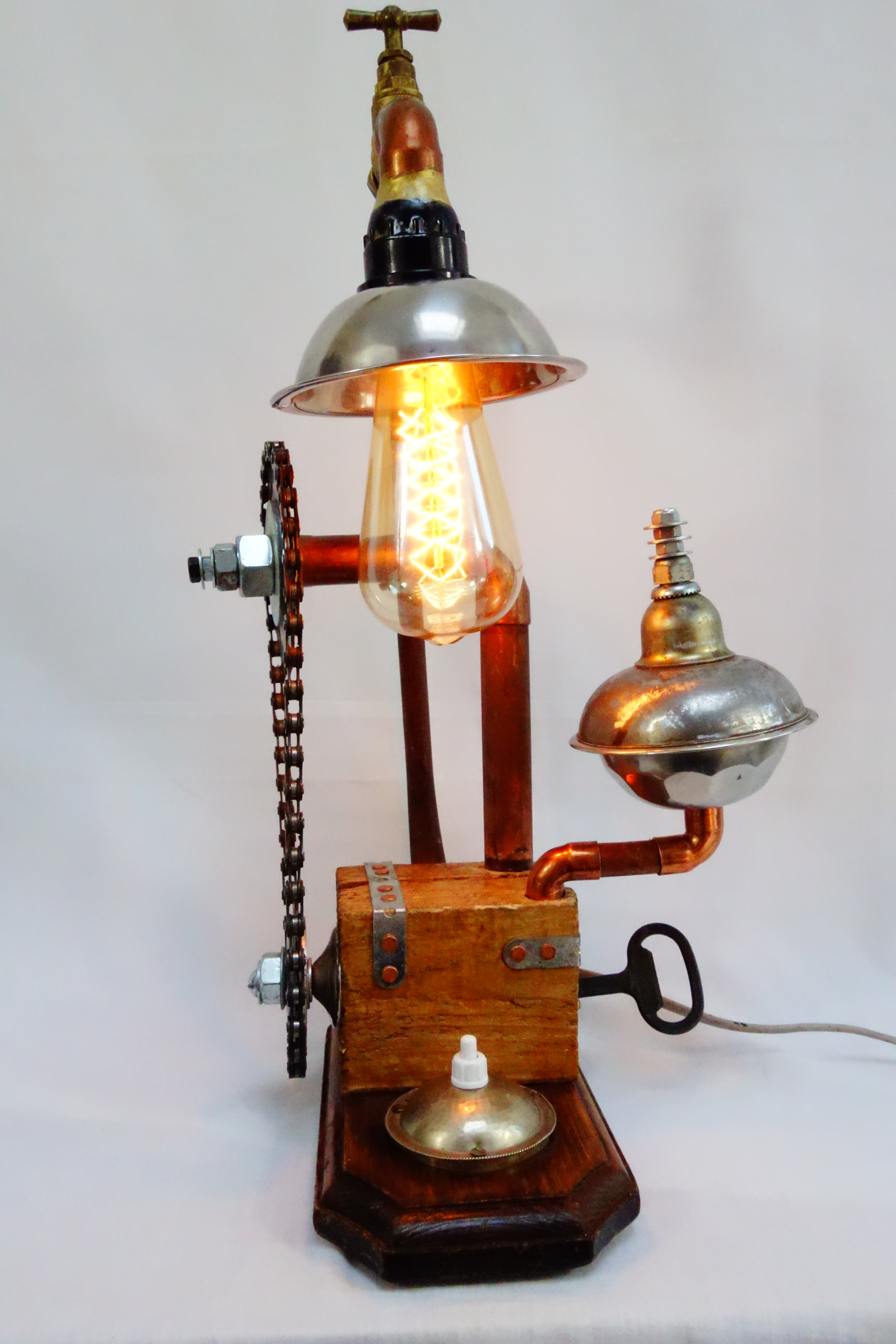 "Lampe ""Chaine"""